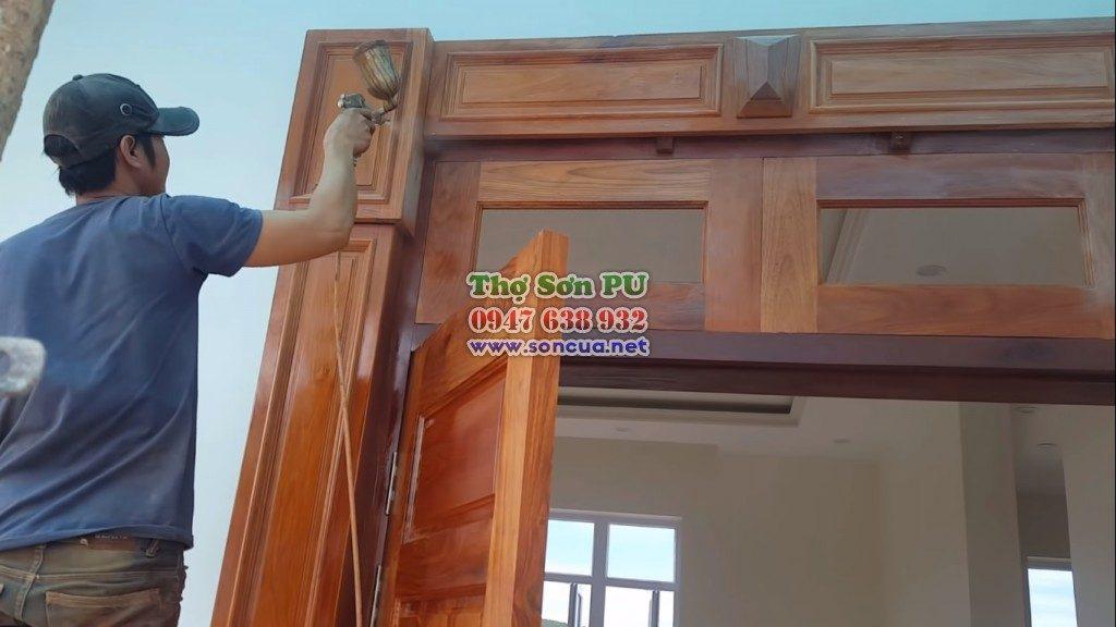 Gọi thợ sơn đồ gỗ, sơn cửa gỗ giá rẻ ở Hà Nội