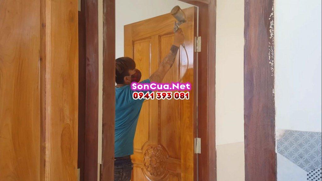 Thợ phun sơn PU đồ gỗ tại nhà Hà Nội